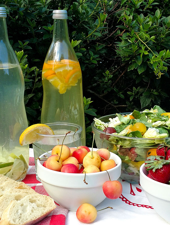 Picnic tips to make outdoor dining easier and more fun